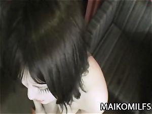 Maiko Umeki - chubby Jav wife railing A petite spear