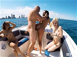 Piper Perri joins mates for some on board action