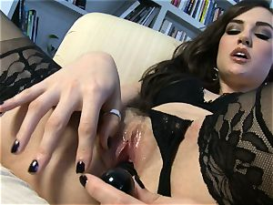 sumptuous babe Sasha Grey gets her pinkish puss plowed firm by her fucktoy till she ejaculates