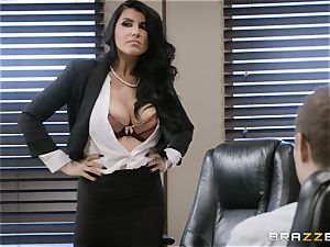 ultra-kinky brunette Romi Rain pulverized in her tight honeypot
