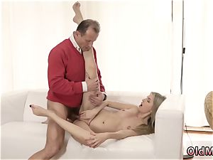 Braces dad hard-core Stranger in a big building knows how to super-hot you up