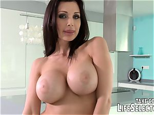 Meet Aletta Ocean and be wise to nail her