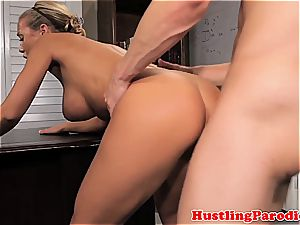 Nicole Aniston seducing scotts man sausage