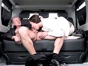 boned IN TRAFFIC - hot Czech diminutive gets plumbed in car