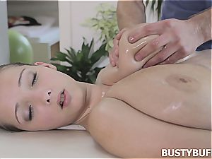 buxomy hooter rubdown with Lucie Wilde