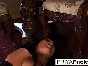 Priya Rai rides a sybian to a fat climax