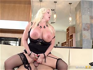 filthy cougar Alura Jensen tears up her daughters stud