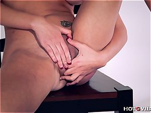curvaceous Brett Rossi uses her new toy to satisfy herself