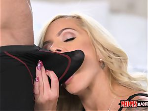Nina Elle vag munches Naomi forest with the cheating bf