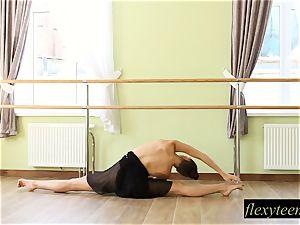 stellar dame Regina does gymnastic acting