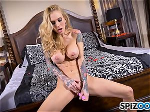 tatted thin ash-blonde Sarah Jessie messes with her muff