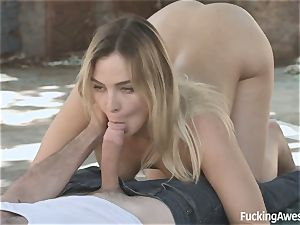Homeless breezy Blair Williams wishes of a prince with a enormous trunk