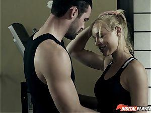Kayden Kross penetrates her trainer Charles Dera