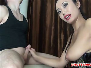 asian sweetie poke and give blowjob