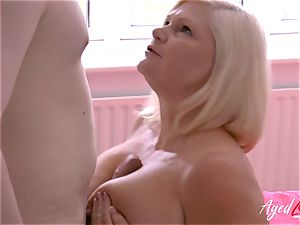 AgedLovE hardcore hookup with Mature Lacey Starr