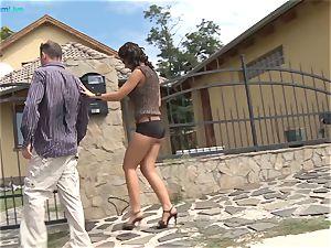 big breasted dark-hued Angelika make-up sex with paramour