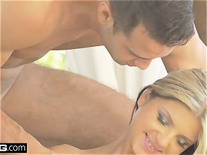 Glamkore - stunner Gina Gerson in cool dp session