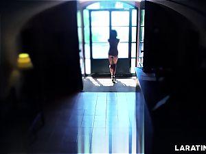 torrid assets Latina running around nude in a motel