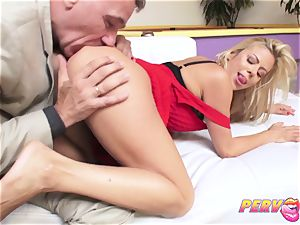 milf Alexis Fawx squirts All Over Steve's humungous meatpipe