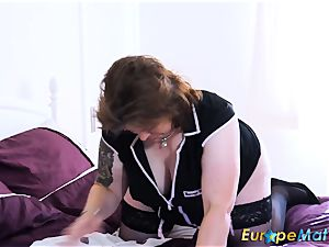 EuropeMaturE huge-chested chubby Solo playing onanism