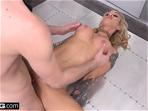 boss babe Sarah Jessie ravages her secretary on the job