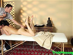 sexy Bigtits honey Cumsprayed At massage
