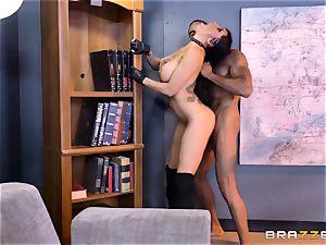 sensational agent Romi Rain gets fuckbox deep with the boss
