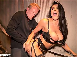 Romi Rain - extraordinaire super-fucking-hot first-timer pornography in the street