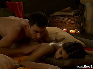 Romantic hook-up Film for duo