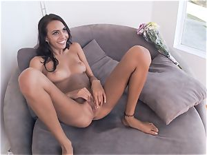 hotwife girlfriend Janice Griffith smashes one after the other