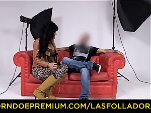 LAS FOLLADORAS - mind-blowing performer gets jism in facehole