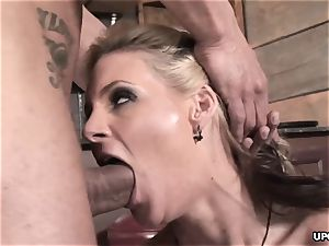 Phoenix doing it all to sate her guy with her vag