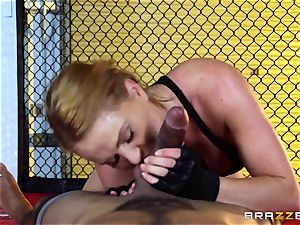 Krissy Lynn gets bi-racial screwing in the ring