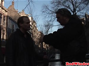 Creampied amsterdam prostitute providing head