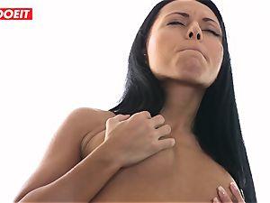 sensuous lezzie douche fuckfest with Czech brunette honies