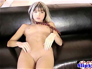 brit babe brings herself to orgasm